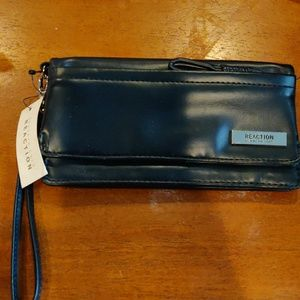 ***NWT***Kenneth Cole Reaction wallet